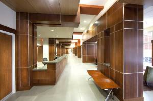 Interior-modern-office-decoration-with-solid-wood-wall-design-including-solid-wood-recessed-ceiling-good-recessed-ceiling-design-ideas