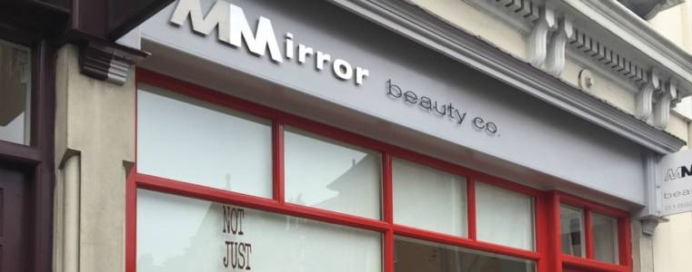 Front-shop-mirror